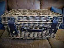 TRADITIONAL WICKER HAMPER PICNIC BASKET FAUX LEATHER HANDLE & STRAPS